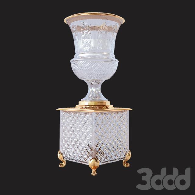 Classic crystal bonbonniere