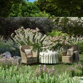 Чаепитие в саду.