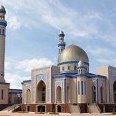 Мечеть. Казахстан, Южно-Казахстанская область, Сарыагаш.