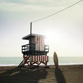 вышка спасателя на пляже