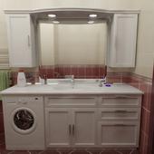 Встроенный гарнитур для ванной комнаты