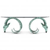 Table ram's head