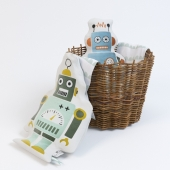Mr. Small and Mr. Large Robot