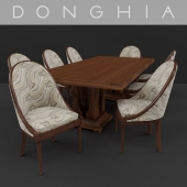Donghia Table with Vintage chair
