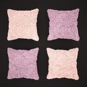 Плюшевые подушки