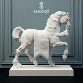Скульптура Lladro Дворцовый конь.
