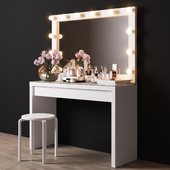 Decorative set for dressing table