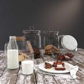 Cookie Jars with Milk Bottle YK4