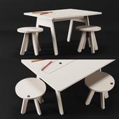 Kutikai Peekaboo Desk and Chairs
