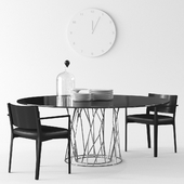 Porro Synapsis table and Como chair