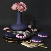 Decorative set with dessert