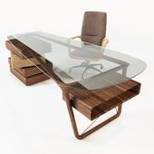 Ceccotti Collezioni: Desk Omaggio and ArmChair Vossia Mid