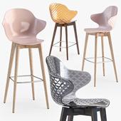 Calligaris saint tropez wood stool