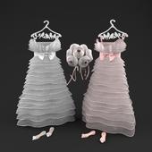Свадебное платье, туфли и букет