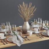 Spare tableware
