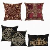 Eichholtz_1 pillows