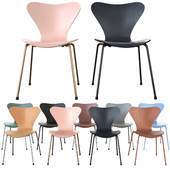 Series 7 Chair by Fritz Hansen