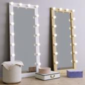 Decorative set and floor make-up mirror