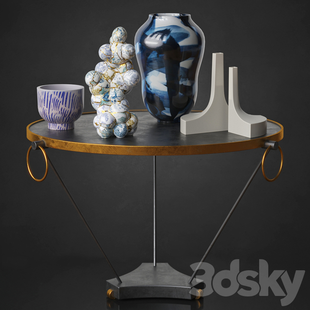 Cocktailtable With Vases