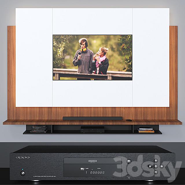 TV wall 006.