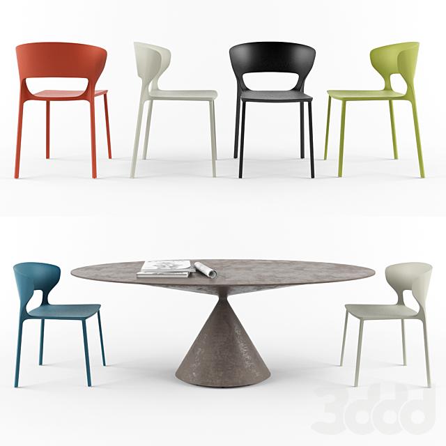 Chair Desalto Koki. Table Desalto Clay