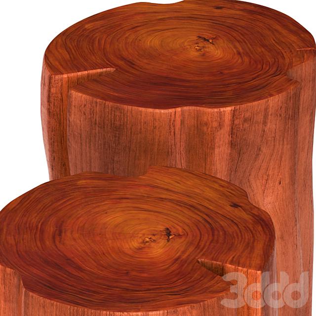Столики из пней.