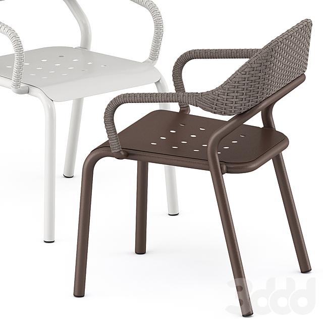 NOSS Armchair by varaschin