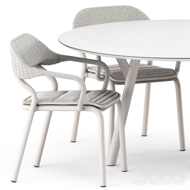 NOSS Armchair and LINK tavolo table by varaschin